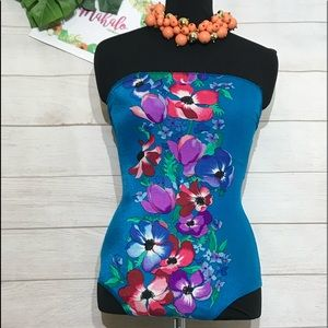 Vintage Pinup Hawaiian bathing suit